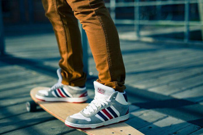 pantalone uomo skateboard
